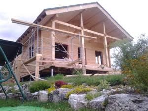 деревянный дом из утепленного бруса в стиле шале