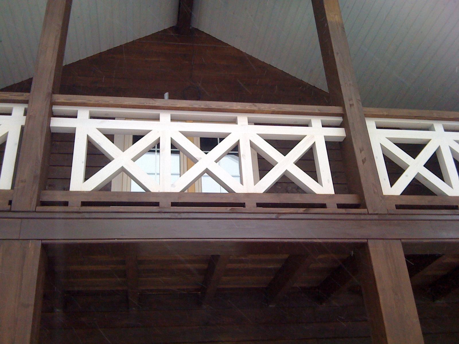 Деревянные перила крест-накрест своими руками 70