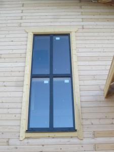 окна в деревянном дома