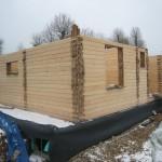 Фасады Все угловые соединения бруса LOGECO закрываются торцевыми накладками - мебельный щит или профилированная доска (наборная накладка)